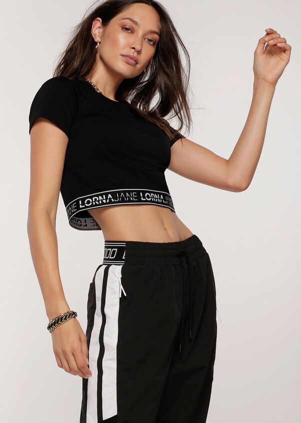 Iconic Cropped Seamless Tee, Black, hi-res